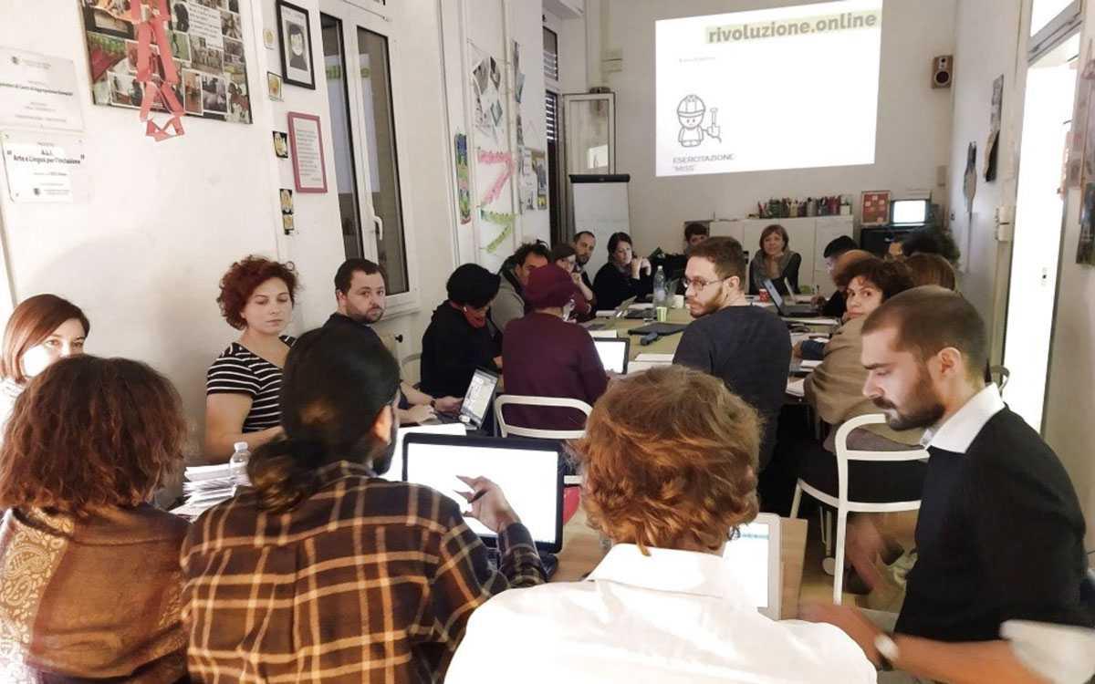 Immagine di un workshop di Facciamo la rivoluzione.online